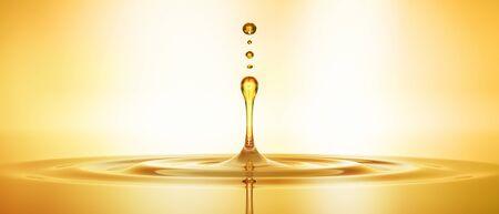 Photo pour Drop of golden oil - image libre de droit