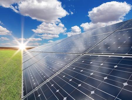 Foto de Power plant using renewable solar energy - Imagen libre de derechos
