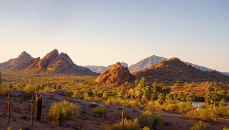 Foto de Camelback Mountain seen from Papago Park Phoenix Arizona - Imagen libre de derechos