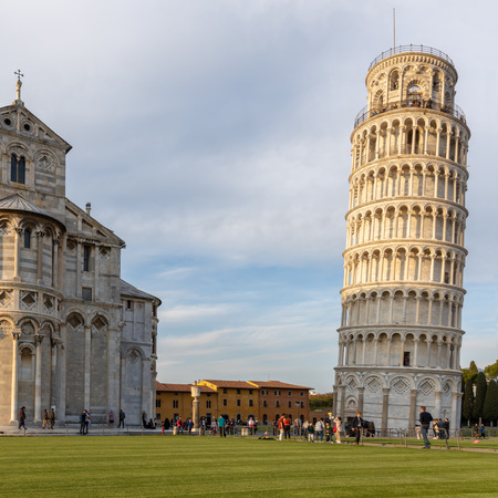 Photo pour Exterior view of the Leaning Tower and Cathedral in Pisa Liguria Italy. unidentified people - image libre de droit