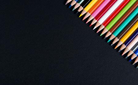 Photo pour coloring pencils Placed on a black table - image libre de droit