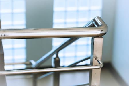 Photo pour Closeup chrome stainless steel Ladder or Stair Railing - image libre de droit