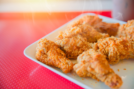 Photo pour Hot Kentucky style fried chicken yummy tasty happy meal of fast food american pop culture - image libre de droit
