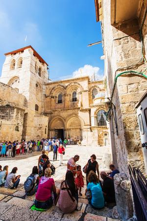 JERUSALEM/ISRAEL - 20 SEPTEMBER 2014: area in front of the temple of the Holy Sepulchre. 20 september 2014 Jerusalem.