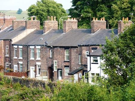 Photo pour terrace houses cheshire in a row - image libre de droit