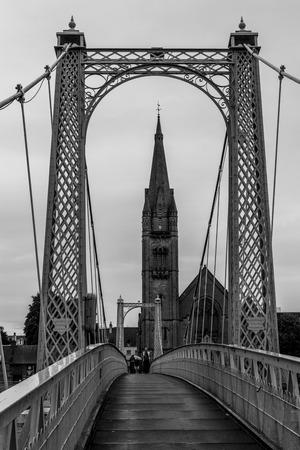 Foto per Inverness bridge over river Ness, scottish highlands - Immagine Royalty Free