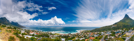 Photo pour Camps Bay and Lion's Head mountain, amazing panoramic landscape of coastal city between two mountains, Cape Town, South Africa - image libre de droit