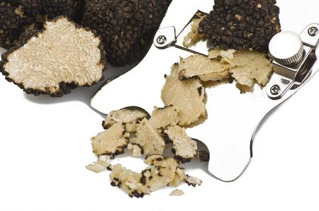 Photo pour freshly harvested truffles  and sliced close up  - image libre de droit