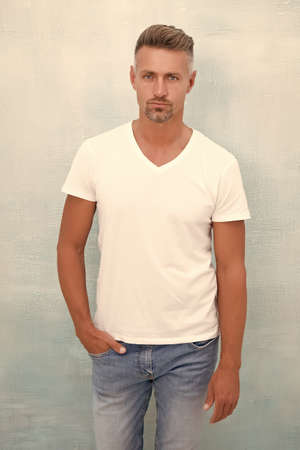 Photo pour Confident in his style. Fashionable look of trendy man. Menswear concept. Elegant and stylish macho. unshaven man in urban style clothes. man spring style. Casual cozy attire. Fashion style and trend - image libre de droit