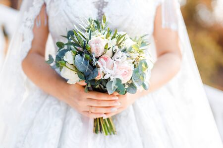 Foto für Delicate classic wedding bouquet of roses for the bride. Wedding flowers. - Lizenzfreies Bild