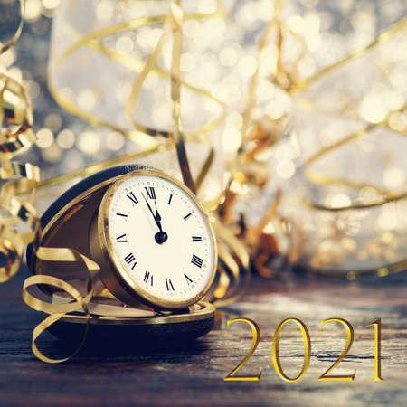Photo pour Symbol from number 2021 with vintage clock - image libre de droit