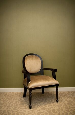 Photo pour classic chair style in vintage room with green wall - image libre de droit