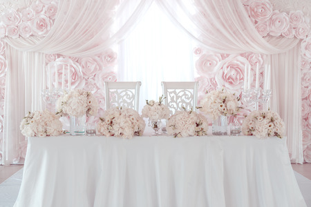 wedding flower decoration on table