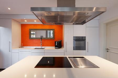Photo pour Interior of house, modern kitchen hob - image libre de droit