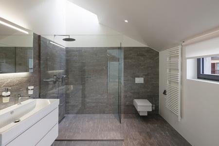 Photo pour Interior of a house, bathroom modern design - image libre de droit