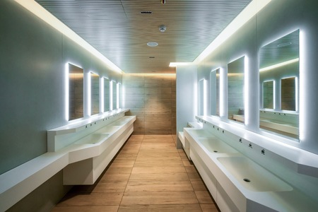 Photo pour Modern design of public toilet and restroom. Luxury interior. - image libre de droit