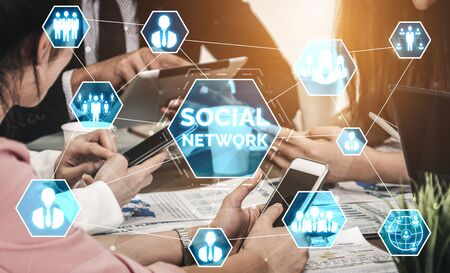 Photo pour Social media and young people network concept. Modern graphic interface showing online social connection network and media channels to engage customer interaction in the digital business. - image libre de droit