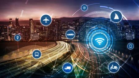 Foto de Smart transport technology concept for future car traffic on road . Virtual intelligent system makes digital information analysis to connect data of vehicle on city street . Futuristic innovation . - Imagen libre de derechos