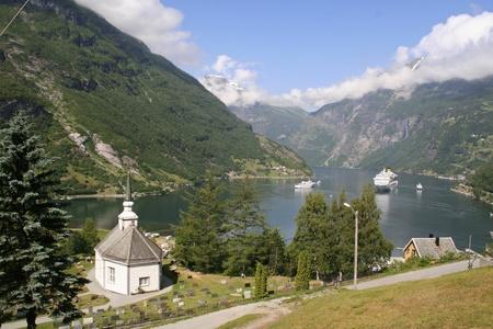Geiranger Fjord mit Kirche