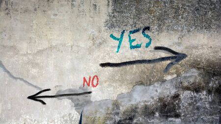 Photo pour Wall Graffiti Yes versus No - image libre de droit