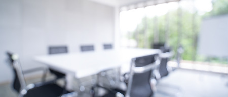 Photo pour Blurred image of meeting room in the modern office - ideal for presentation background. - image libre de droit
