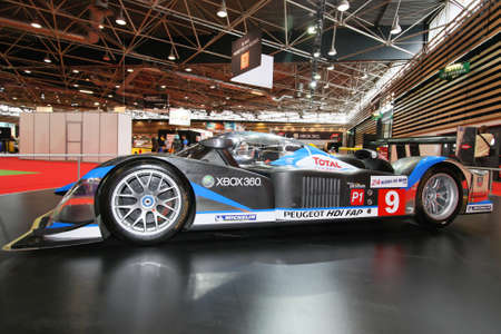 peugeot victory at le mans 24 hours