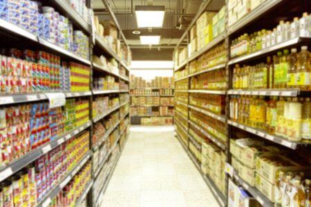 Foto für Empty  blurry supermarket convenience store product shelf for background - Lizenzfreies Bild