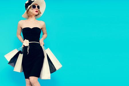 Glamorous summer shopping lady style