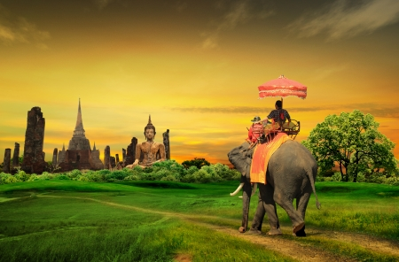 Photo pour Sunset Thai countryside thailand - image libre de droit