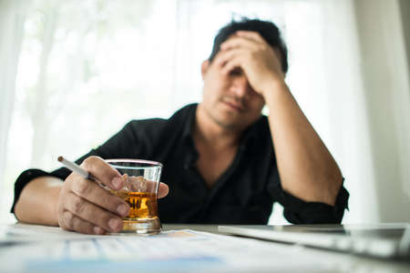 Photo pour Young business people are suffering from headaches - image libre de droit
