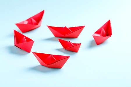 Photo pour paper boat , business concept and background. - image libre de droit