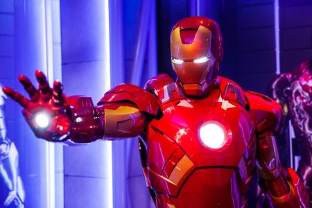 Foto de Wax figure of Tony Stark the Iron Man from Marvel comics in Madame Tussauds Wax museum in Amsterdam, Netherlands - Imagen libre de derechos