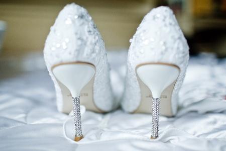 Foto de Wedding shoes for the bride - Imagen libre de derechos