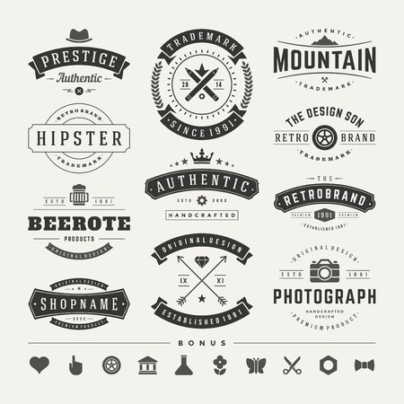 Illustration pour Retro Vintage Insignias or Logotypes set. Vector design elements, business signs, logos, identity, labels, badges and objects. - image libre de droit
