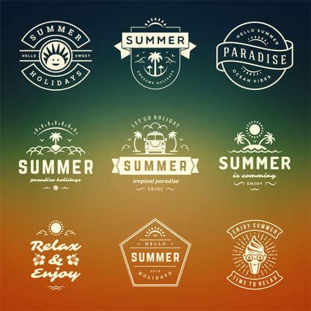 Illustration pour Summer holidays labels and badges retro typography design set. - image libre de droit