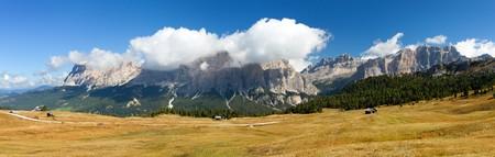 Panoramatic view of Tofana gruppe, Kreuzkofel gruppe, Piz de Lavarella, Conturinesspitze and Fanes, Alps lDolomites mountains, Italy