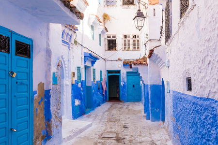 Photo pour Traditional moroccan architectural details in Chefchaouen Morocco, Africa. Chefchaouen blue city in Morocco. - image libre de droit