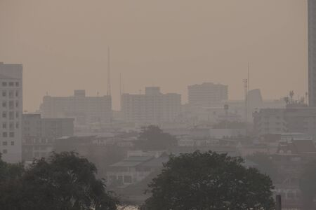 Photo pour Air pollution from Lots of dust or PM2.5 particle exceeds the standard (AQI) at Bangkok, Thailand. Negative effect on Respiratory system and health. - image libre de droit