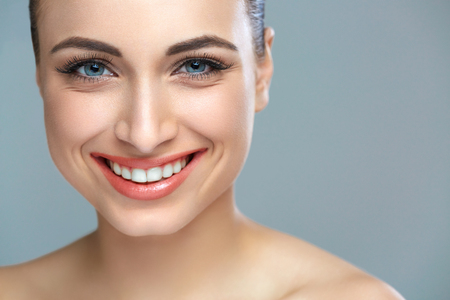Photo pour Woman smile. Teeth whitening. Dental care. - image libre de droit