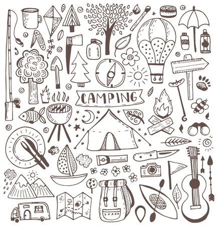 Illustration pour Camping doodle set. Vector sketch illustration. Travel and camping items. - image libre de droit