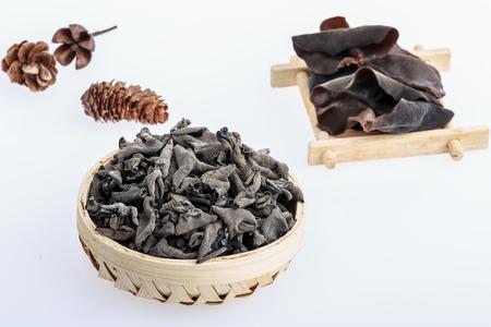 Qiuyingsuifeng180800004