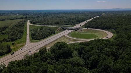 州間高速道路の写真・イラスト素材一覧(10,152件)   ストックフォトの ...