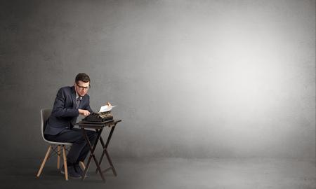 Photo pour Man working hard in an empty space - image libre de droit