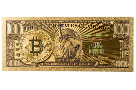 Foto de  American Gold Banknote $ 1 Million Dollars and bitcoin isolated on a black background - Imagen libre de derechos