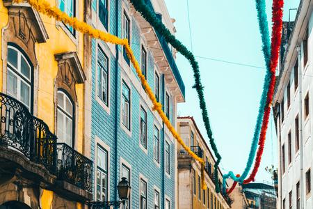 Photo pour Colorful Apartment Building Facade In Lisbon, Portugal - image libre de droit