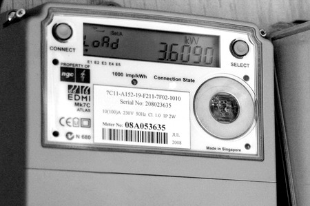 Photo pour AUCKLAND - DEC 06 2015:Smart meter.Concerns have been raised about the safety of smart meters, mainly because they give off the same kinds of radiofrequency RF waves as cell phones and Wi-Fi devices - image libre de droit