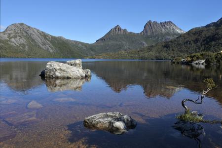 Photo pour Landscape view of Cradle Mountain-Lake St Clair National Park Tasmania, Australia. - image libre de droit