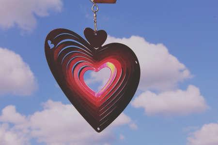 Photo pour heart shape in the clouds - image libre de droit