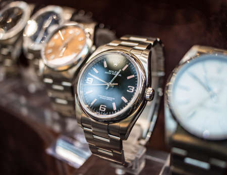 Photo pour September 4, 2019 - Rome, Lazio, Italy - Rolex watches on display in the window of a jeweler, watchmaker.Rolex Oyster Perpetual - image libre de droit