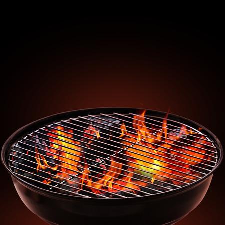 Photo pour Barbecue Grill on Black Background - image libre de droit